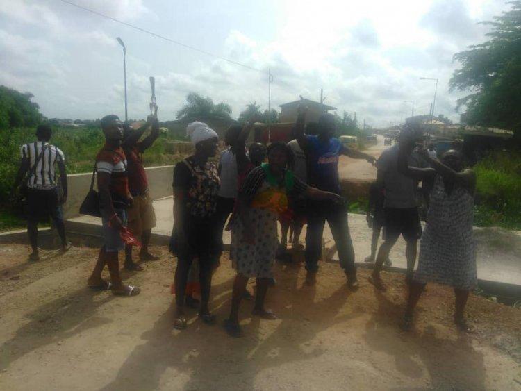 Oforikrom Residents Threaten Naked Demo Over Delayed Bridge Construction