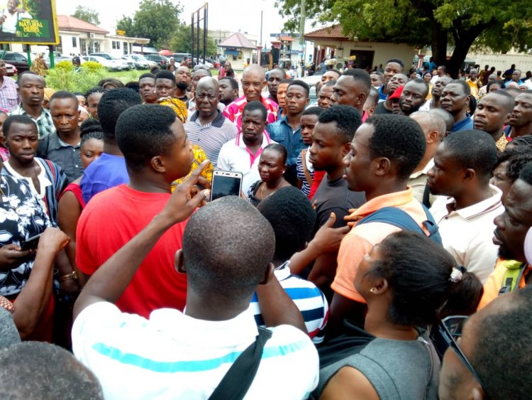 Aggrieved Teachers Storm GES Head Office Over Promotions