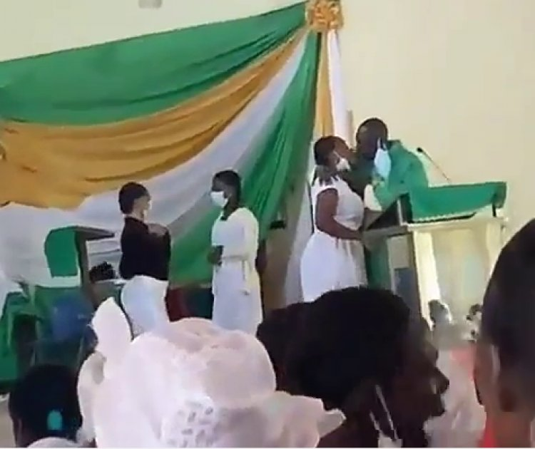 Anglican Priest Spotted In Video Kissing Students Apologizes