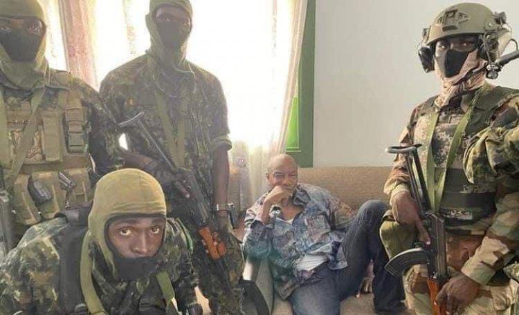 Military Unit Seizes Power in Guinea, Dissolves Constitution